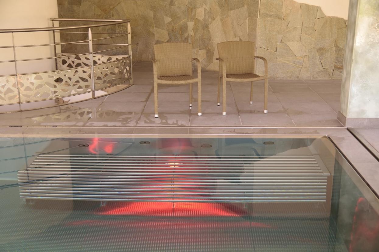 Piscine inox - sur mesure - qualité - Hôtel - haut de gamme